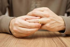 Warto być lojalnym. Niewierny mąż żyje krócej [© Bacho Foto - Fotolia.com, Rozwód]