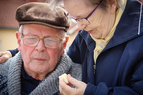 Warto pozostać w małżeństwie - można liczyć na lepsze zdrowie [fot. Gundula Vogel from Pixabay]