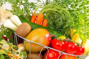 Warzywa i owoce niezbędnym elementem żywienia [© fotoknips - Fotolia.com]
