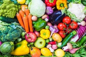 Warzywa i owoce w diecie poprawiają nastrój. Za pomocą jelit [Fot. travelbook - Fotolia.com]