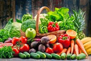 Warzywa i owoce w diecie wydłużają życie [Fot. monticellllo - Fotolia.com]