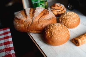Węglowodanowe szaleństwo. Czy od chleba się tyje? [Fot. Aleksey Zakharov - Fotolia.com]