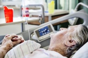 Wiek nie może różnicować pacjentów [Fot. bilderstoeckchen - Fotolia.com]