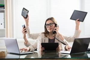 Wielozadaniowość (multitasking) ogłupia? [Fot. Andrey Popov - Fotolia.com]