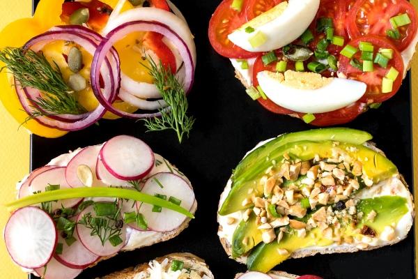 Wiosna w kuchni - czas na zdrowe nawyki [Fot. larisa_stock - Fotolia.com]