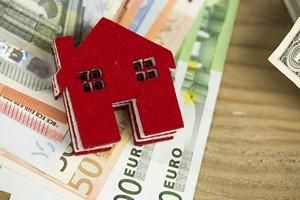 W�asne mieszkanie: Polacy na tle innych Europejczyk�w [© aytuncoylum - Fotolia.com]