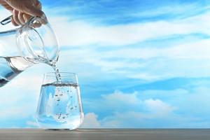 Woda a zdrowie zębów [© amenic181 - Fotolia.com]
