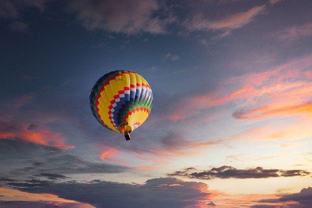 Wolność i samodzielność ważniejsze niż pieniądze [fot. Albrecht Fietz from Pixabay]