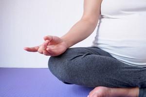Wrzodziejące zapalenie jelita grubego - pomocna jest joga [© Kwangmoo - Fotolia.com]