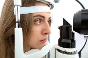 Wszystko, co trzeba wiedzieć o badaniach wzroku [Fot. Adam Wasilewski - Fotolia.com]