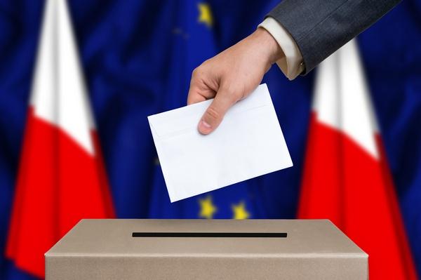 Wybory do Parlamentu Europejskiego 2019 PiS przed KE i Wiosną [© andriano_cz - Fotolia.com]