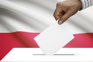 Wybory parlamentarne 2015 - frekwencja z godziny 17:00 [© niyazz - Fotolia.com]