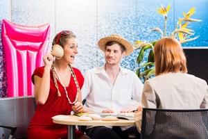 Wyjeżdżasz z biurem podróży? Nie płać za to, co masz za darmo [FILM]  [© Kzenon - Fotolia.com]