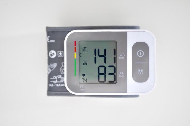 Wysokie ciśnienie podczas ćwiczeń i po nich może oznaczać chorobę w poźniejszym wieku [fot.  harald heuser z Pixabay]