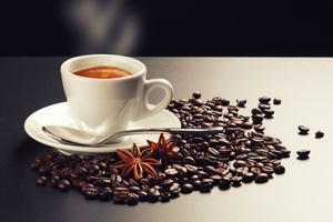 Z ekspresu czy rozpuszczalna? Jaka kawa najskuteczniejsza i najzdrowsza? [© Alessandro Capuzzo - Fotolia.com]