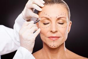 Zabiegi medycyny estetycznej - już nie tylko fanaberia [© michaeljung - Fotolia.com]