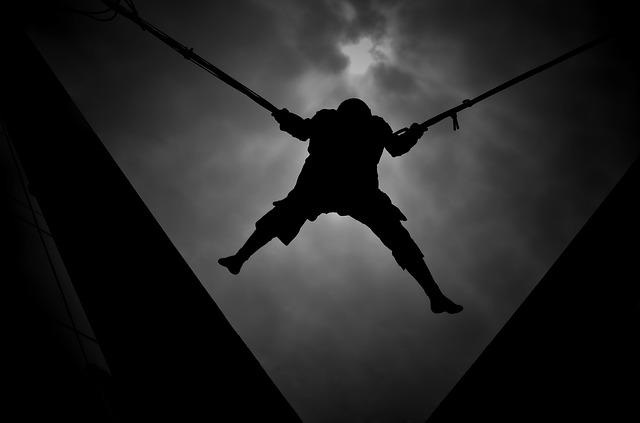 Zaburzenia lękowe wpływają na sposób podejmowania decyzji  [fot. Moshe Harosh from Pixabay]