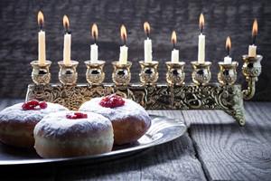 Zaczęła się Chanuka - żydowskie Święto Świateł [Chanuka, © supercat67 - Fotolia.com]