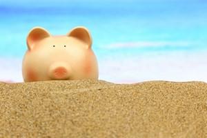Zacznij oszcz�dza� na wakacje. To ostatni dzwonek! [© viperagp - Fotolia.com]