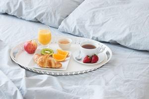 Zadbaj o dostatecznie długi sen - im krócej śpisz, tym więcej jesz [© GoodMood Photo - Fotolia.com]
