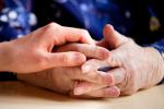 Zadbaj o rodziców w podeszłym wieku [Š Tyler Olson - Fotolia.com]