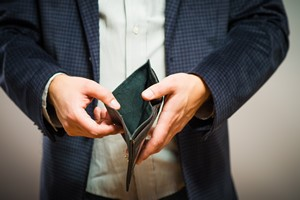 Zadłużenie. Potrzebne nie tylko pieniądze [© slasnyi - Fotolia.com]