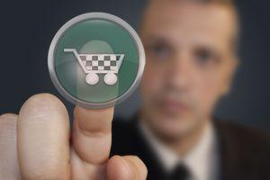 Zagraniczne zakupy przez Internet [© Javierafael - Fotolia.com]