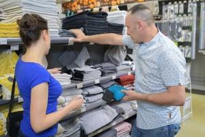 Zakupy i znajomość cen produktów zależne od płci [Fot. auremar - Fotolia.com]