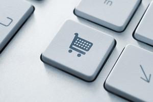 Zakupy w Internecie: nie ufamy informacjom producentów [© bloomua - Fotolia.com]