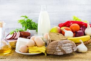 Zamiast sięgać po suplementy, dostarczaj sobie tych składników dzięki diecie [© Yotka (fotoaloja) - Fotolia.com]