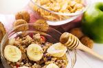 Zaparcia spowodowane złą dieta -  jak sobie z nimi radzić? [© tiptoee - Fotolia.com]