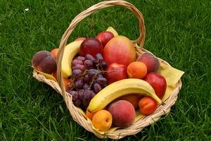 Zapobieganie cukrzycy: lepszy świeży owoc niż sok [© bbroianigo - Fotolia.com]