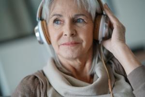 Zasłuchaj się, czyli jak muzyka wpływa zdrowie  [Fot. goodluz - Fotolia.com]