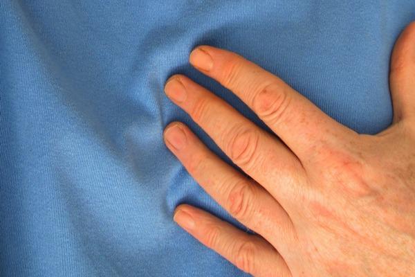 Zawał - stopniowo pojawiające się objawy są szczególnie niebezpieczne [fot.  Gerd Altmann z Pixabay]