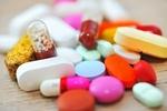 Zażywamy zbyt dużo leków [© Laurentiu Iordache - Fotolia.com]