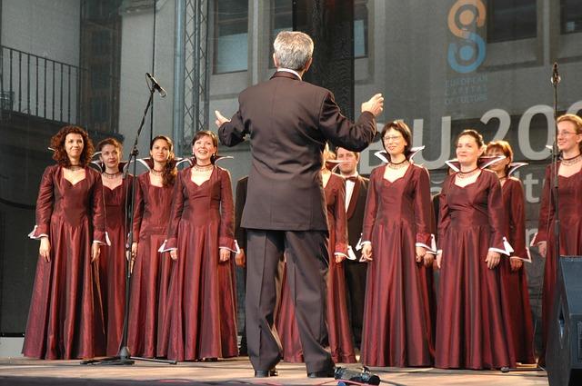 Zdolności poznawcze może poprawić... śpiewanie w chórze [fot. Ionas Nicolae from Pixabay]