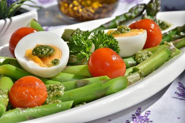 Zdrowa dieta przedłuży życie [fot. RitaE from Pixabay]