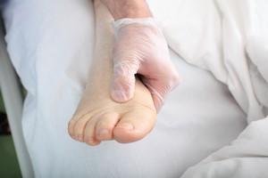 Zdrowe stopy to podstawa... w każdym wieku [© sudok1 - Fotolia.com]