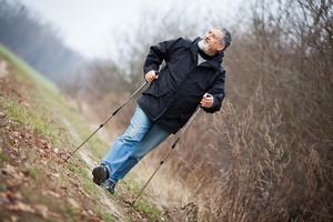 Zdrowi Wiekowi dbają o formę [© lightpoet - Fotolia.com]