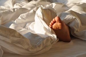 Zespół niespokojnych nóg: uciążliwe schorzenie [© photocrew - Fotolia.com]
