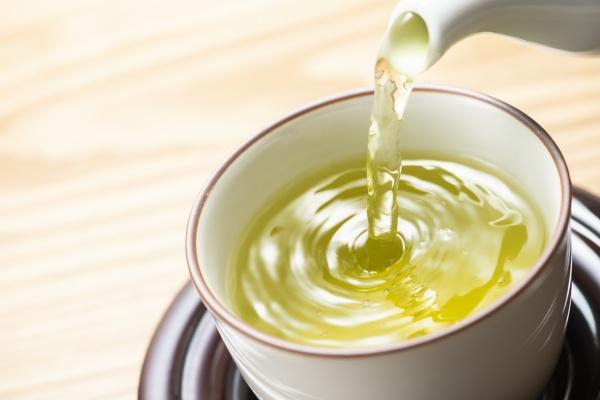 Zielona herbata i marchew - w nich jest lek na demencję? [Fot. kai - Fotolia.com]