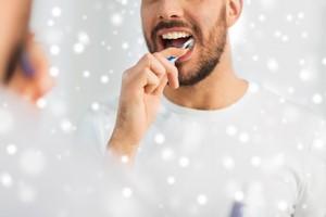 Zimowe SOS dla zębów [Zęby, © Syda Productions - Fotolia.com]