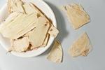 Zioła w służbie zdrowiu: traganek (Astragalus membranaceus) na wzmocnienie odporności [© pengyou92 - Fotolia.com]