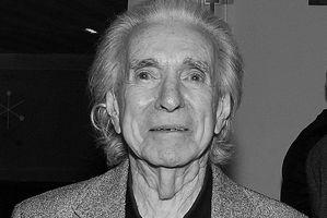 """Zmarł Arthur Hiller, twórca """"Love Story"""" [Arthur Hiller, fot. Skeezix1000 (talk), CC BY 2.0, Wikimedia Commons]"""