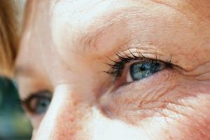 Zmarszczki odbierane są jako dowód na prawdziwość emocji [Fot. lpictures - Fotolia.com]