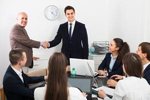 Zmiana pracy. Jak się zintegrować z nowymi współpracownikami?  [© JackF - Fotolia.com]