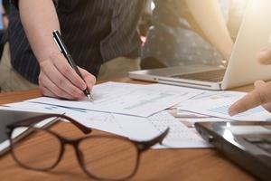 Zmiany w Kodeksie pracy od 1 wrze�nia. Najpierw umowa potem praca [© RAYBON - Fotolia.com]