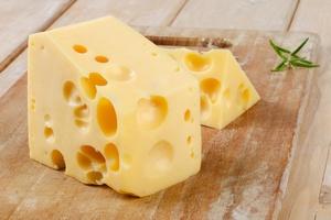 Żółty ser bez tajemnic. Obalamy mity [© bit24 - Fotolia.com]