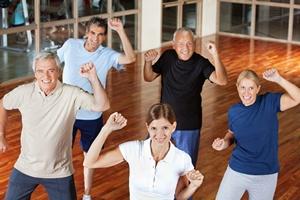 Zumba dla seniorów! Dlaczego warto ją ćwiczyć  [© Robert Kneschke - Fotolia.com]