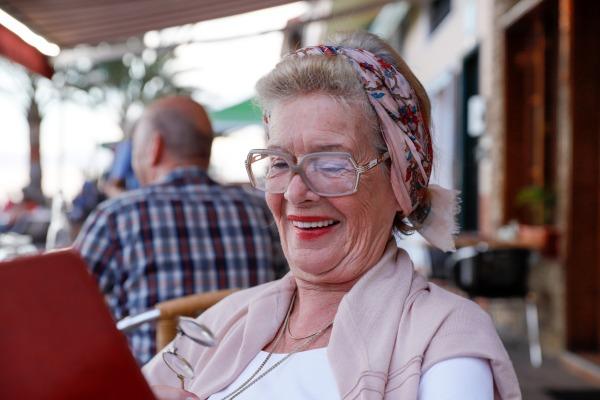 Życie w pojedynkę wcale nie jest mniej szczęśliwe niż we dwoje [Fot. Juergen Nowak - Fotolia.com]